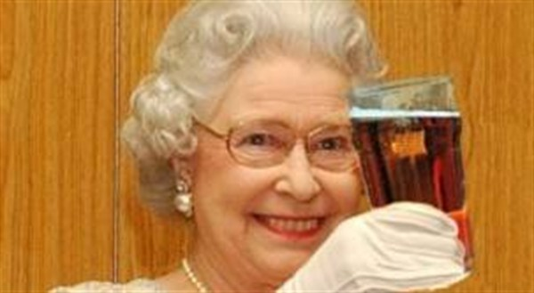 The Queen loves her Supercoach